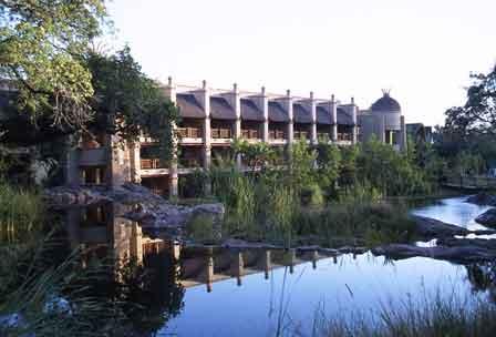 Det mægtige Kingdom Hotel, Victoria Falls