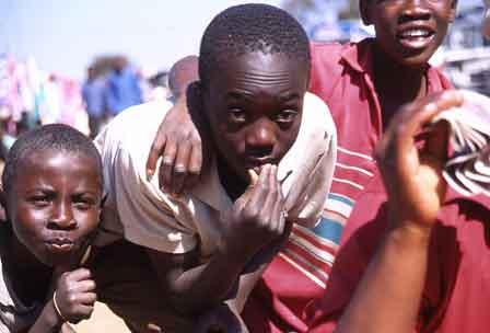 Glade unger, Mbara, Harara