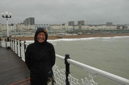 Tina i orkanens øje, Brighton