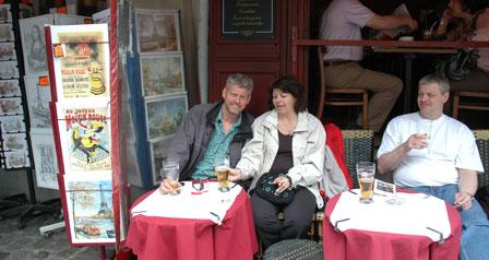 Place de Tertre, øl og læ for regnen