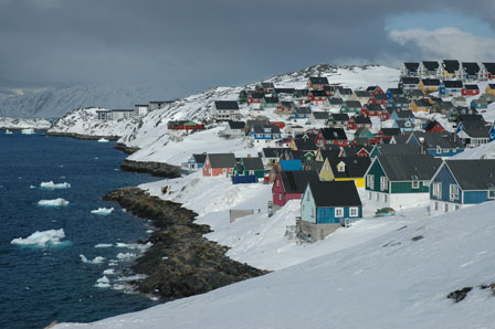 Farverige huse, Nuuk, Grønland, april 2007
