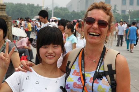 Kæmpekvinden og kineseren, Den Himmelske Freds Plads