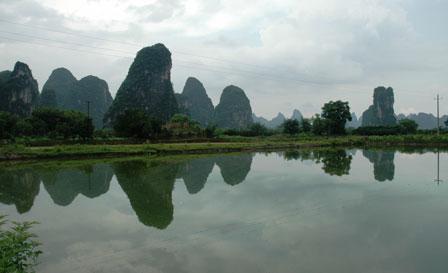 Vandspejl i Yangshuo
